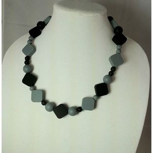Jewelry - Silicone Teething Necklace